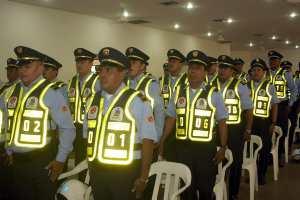 41 agentes de Tránsito del Puerto estrenan uniformes  9d4ae82d3a01d