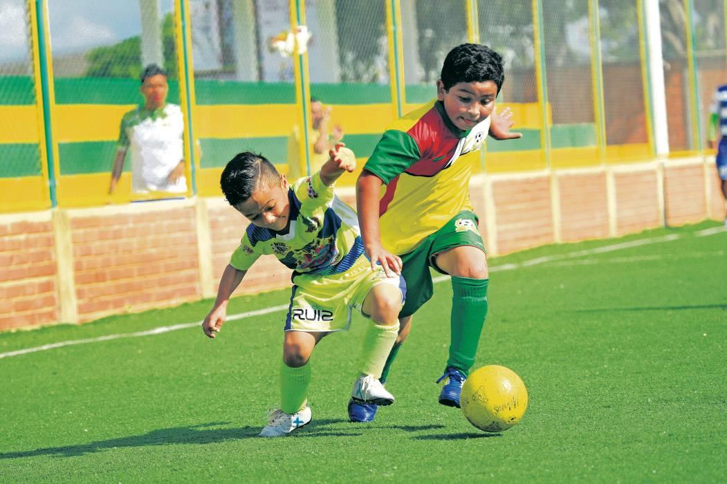 Petizos FC y Comfenalco B clasificaron al Zonal Santander