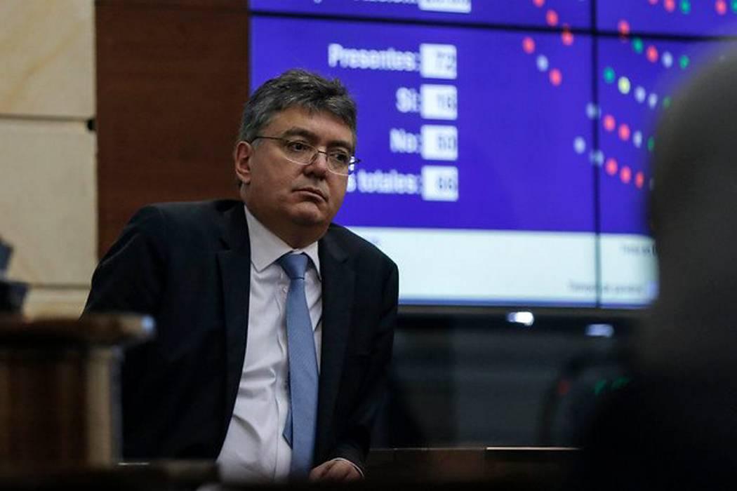 Firma Standard & Poor's redujo la calificación crediticia de Colombia