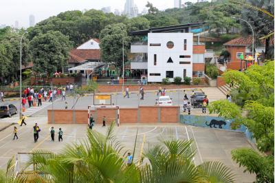 Colegio Instituto Caldas ofrece a sus estudiantes doble titulación. / Foto UNAB.
