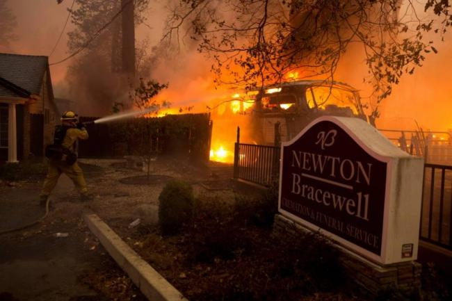 En imágenes, lo que dejó el devastador incendio al norte de California, EEUU