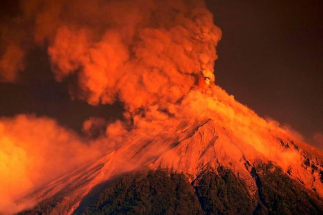Las impactantes imágenes de la erupción del volcán de Fuego en Guatemala