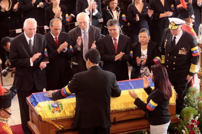 """Embalsamar un cuerpo es """"una cosa macabra"""": Chávez"""