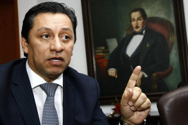 Investigan por enriquecimiento ilícito a allegados a Luis Francisco Bohórquez