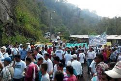 El Carmen de Chucurí marchó en rechazo a manifestaciones del Eln