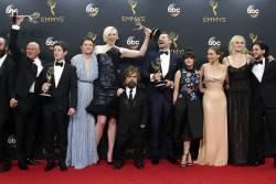 Así lucieron las estrellas en los Emmy 2016