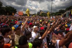 Oposición venezolana da ultimátum a gobierno de Maduro