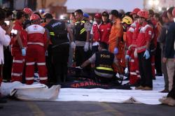 La búsqueda de los 188 pasajeros que habrían muerto en accidente aéreo en Indonesia