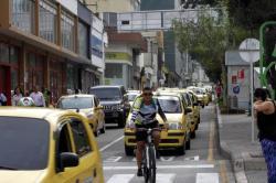 Un recorrido en bicicleta mostró las dos caras de Bucaramanga.