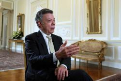 Santos afirma que para solucionar crisis en Venezuela se necesita la salida de Maduro
