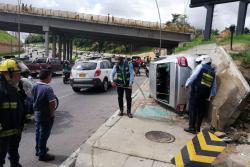 Tras fuerte accidente se registró congestión vehicular en la autopista a Bucaramanga
