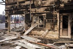 Video: Van 228 desaparecidos por incendio en el norte de California