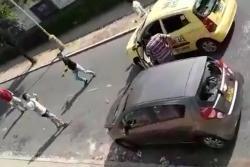 Denuncian brutal agresión de taxistas a jóvenes en Floridablanca