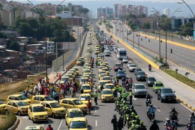 Otra vez protestaron los taxistas