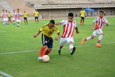 Colombia venció a Paraguay y se metió en la pelea por el grupo A