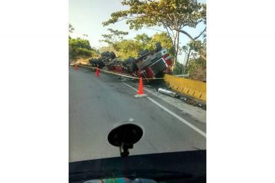 Un muerto y un herido tras un accidente en la vía La Lizama - Bucaramanga