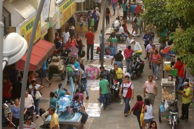 Regresaron los vendedores ambulantes al Paseo del Comercio de Bucaramanga