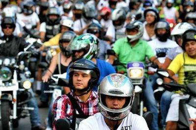 Ya se tiene listo el reglamento de cascos en Colombia