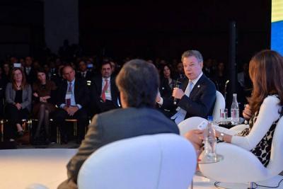 Santos reprochó divulgación de video sobre la vida sexual de exviceministro