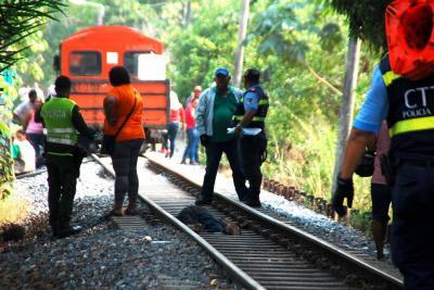 Una persona murió tras ser arrollada por un carromotor en Barranca