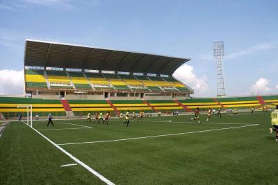 """Cancha sintética de estadio de Bucaramanga fue error histórico"""