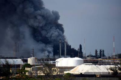 13 muertos y 136 heridos en un complejo petroquímico en México