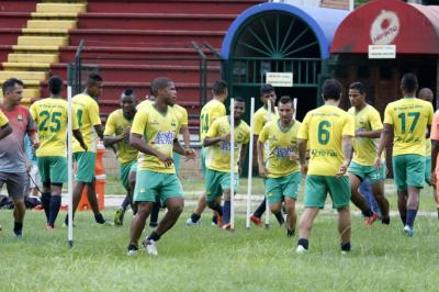 A 20 días de iniciar la Liga, al Bucaramanga le falta medio equipo