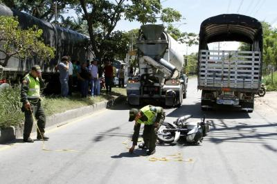 Motociclista de 26 años murió  en grave accidente de tránsito en Girón