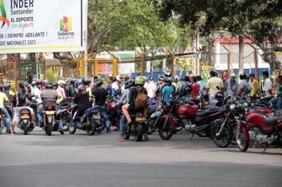 En Bucaramanga y el área hay registradas 359 mil motocicletas: Runt