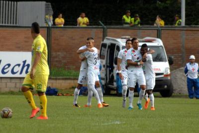 Once Caldas venció 3-0 al Atlético Bucaramanga en la Liga Águila