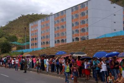 Denuncian retrasos en entrega de 1.050 viviendas de interés social en Bucaramanga