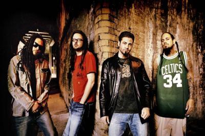 La banda promociona su nuevo álbum The serenity of suffering