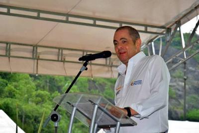 Vargas Lleras invitó a marchar contra artículo de la Reforma Tributaria