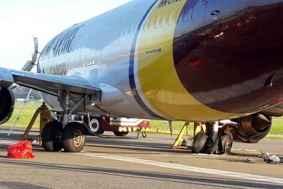 Continúan los problemas en pista sur de El Dorado por avión varado