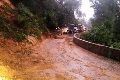 Emergencias por lluvias en vías de Bucaramanga y Santander