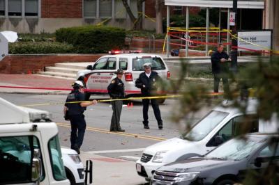 Identificado atacante que atropelló y acuchilló a personas en Estados Unidos