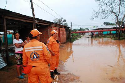 Alerta roja por crecida de 8 ríos en Santander