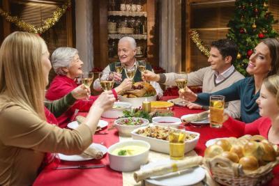 Celebre las fiestas en familia