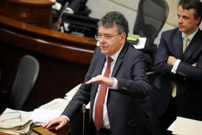 Con crisis política, Gobierno logró aprobación de la Reforma Tributaria