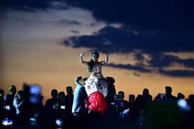 Un muerto y un herido en los 15 años de Rubí en México