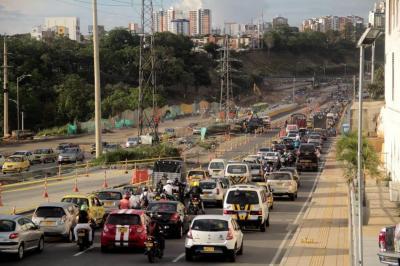 Hasta el 23 de enero se sabrá la suerte del 'pico y placa' en Bucaramanga