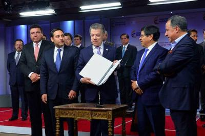 Con estas medidas el presidente Santos espera derrotar a la corrupción