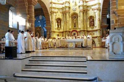 Fueron nombrados vicarios y diáconos