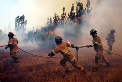 El mundo se solidariza con Chile tras graves incendios