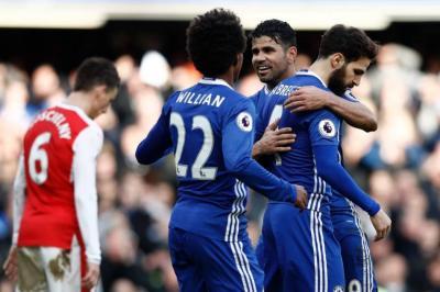 Chelsea derrotó al Arsenal y quedó a un paso del título