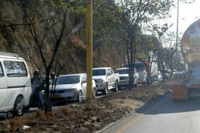 Se normaliza tráfico vehicular tras accidente de tránsito en Girón