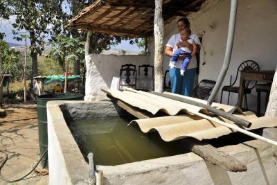 Los Santos no ve la hora de que se termine el acueducto