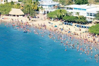Denuncian atraco masivo en una playa de Santa Marta