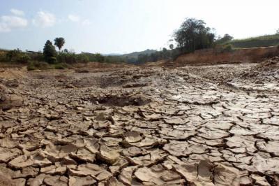 Se inician racionamientos de agua en dos municipios de Santander por sequía