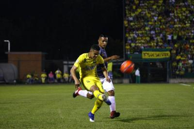 Atlético Bucaramanga busca prolongar la crisis del Once Caldas